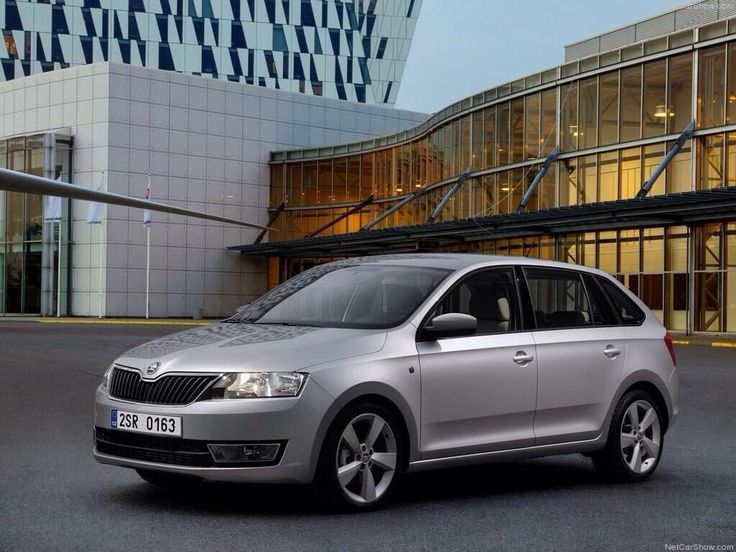Skoda Rapid Spaceback 2014.