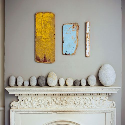 grey, yellow and blue mantle. love this modern set-up.
