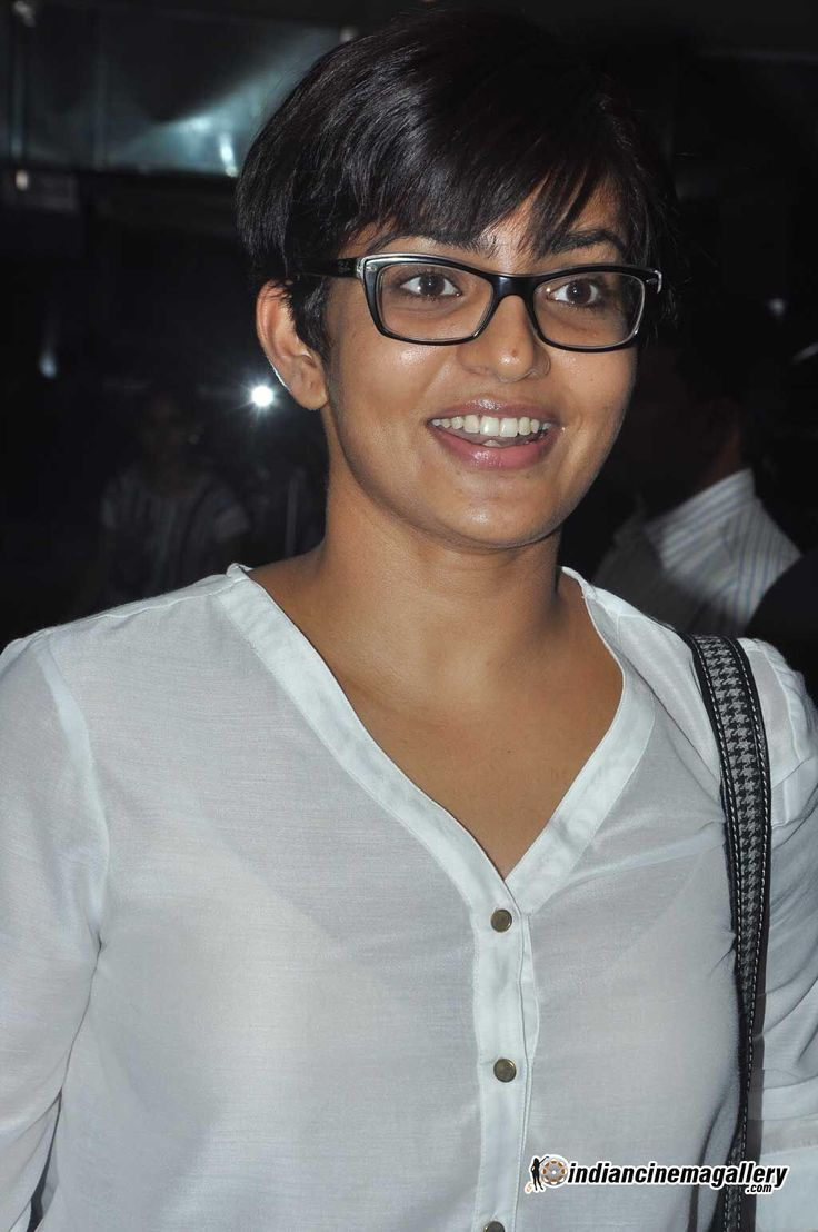 Image from http://www.indiancinemagallery.com/gallery/parvathi-menon/actress-parvathi-menon--(16)425.jpg.