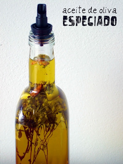 Aceite especiado - Spicy oil | Hostess With the Mostess | Pinterest
