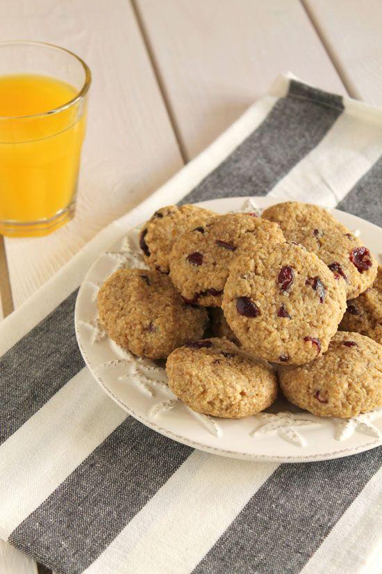 Μαλακά μπισκότα με βρώμη, μήλο και cranberries
