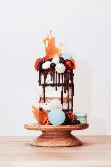 Semi Naked Chocolate Drip Cake With Macarons Meringues