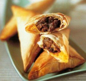 lamb samosas (minced lamb + mild curry paste + filo/phyllo pastry sheets)