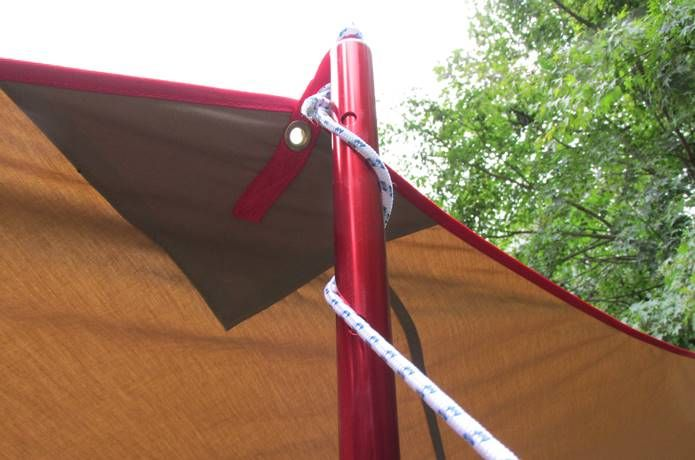 カンタン図解 風に強いタープの張り方 基本テク6つと応用テク5つ キャンプの裏技 キャンプのコツ ベランダ シェード