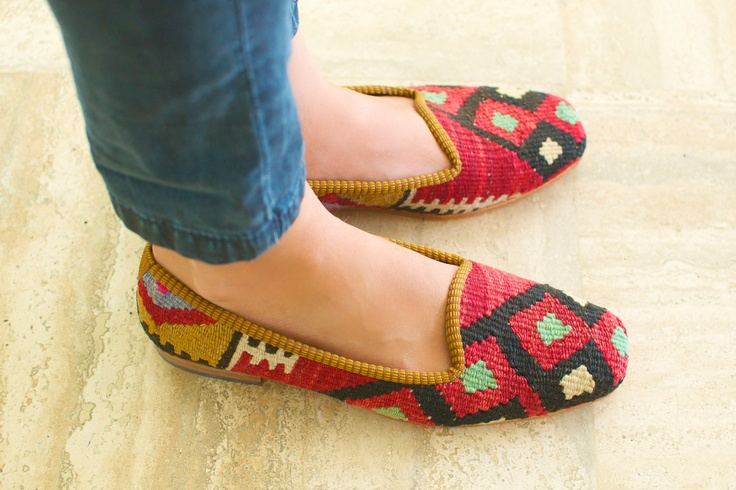 Southwestern print loafers: Fashion Shoes, Etsy, Shoes Fashion, Shoes Size, Fashion News, Kilim Shoes, Girls Fashion, Size 38, Girls Shoes