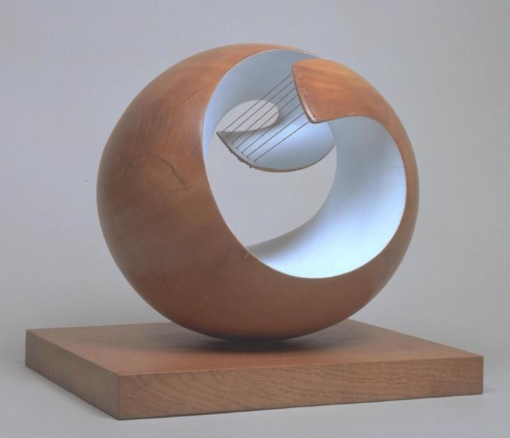 Barbara Hepworth, perded la rigidez