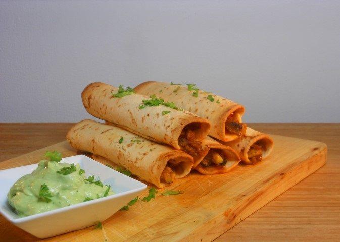 Mexicaanse flauta´s/taquito´s met guacamolesaus - recept