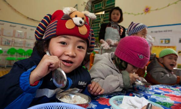 This Christmas provide a nutrition set for a malnourished child in Vietnam so they can grow up healthy and strong! #giftsforgood