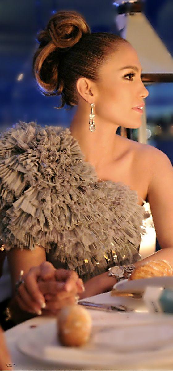 Jennifer Lopez... For listening her songs visit our Music Station http://music.stationdigital.com/ #jenniferlopez