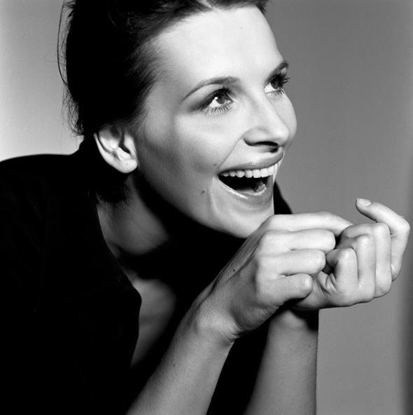 Juliette Binoche (photo by Brigitte Lacombe)