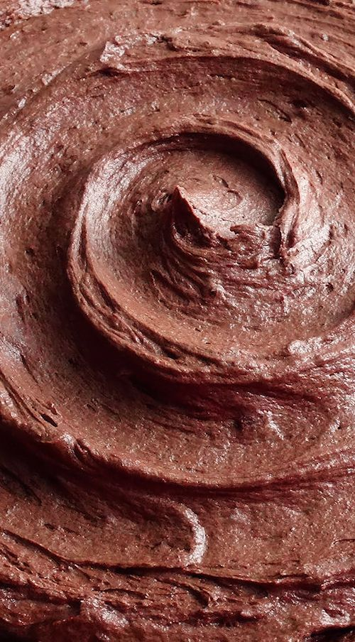 Dark Chocolate Cream Cheese Buttercream ~ Rich, double chocolate, light and fluffy cream cheese buttercream that pipes beautifully. It tastes like rich and creamy chocolate cheesecake and the texture is like mousse! Everyone will LOVE this one!   cake dessert filling frosting recipe