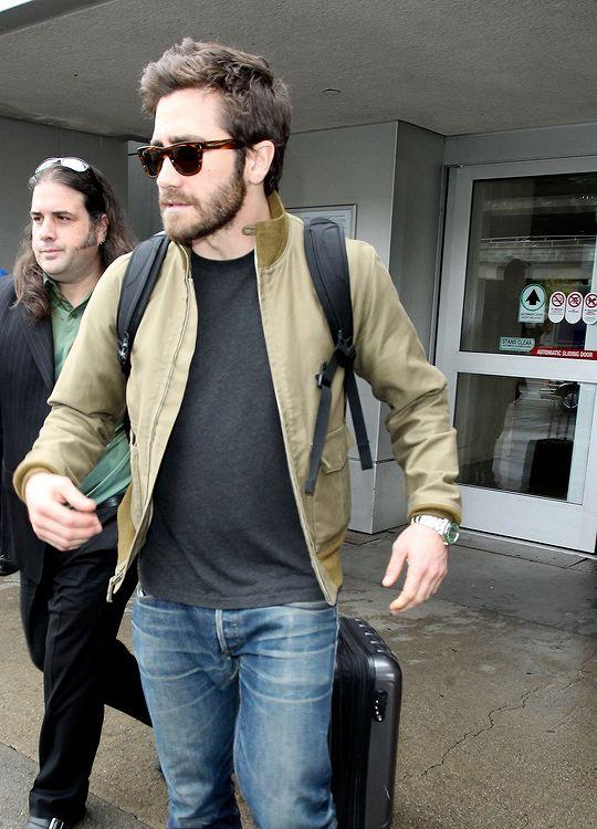 Jake Gyllenhaal leaving LAX