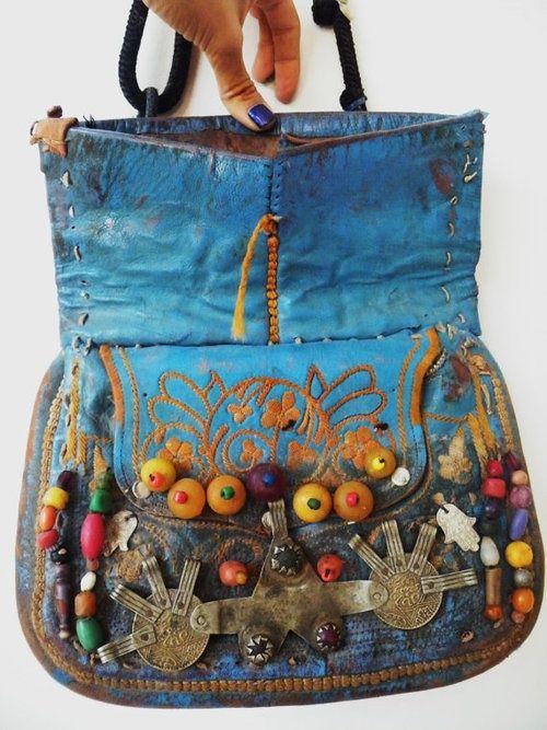 Bolsos hippies. La moda hippie chic en mochilas y carteras   Veintipico