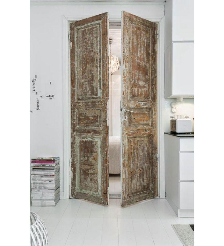 Pronken met houten deuren in huis