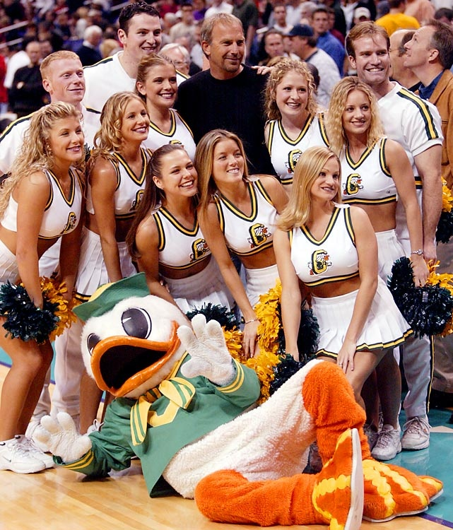 Kevin Costner and Oregon Ducks Cheerleaders #nationalbrand