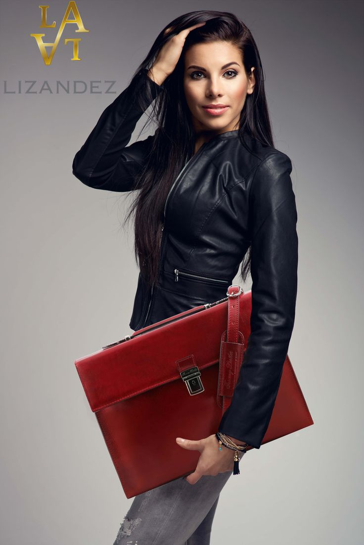 The Como Leather Document/Briefcase a great combination of both work & style