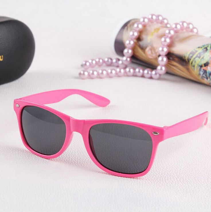 $1.06// Pink sunglasses// Delivery: 2-6 weeks