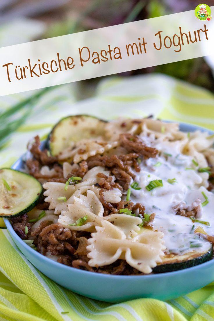Türkische Nudeln mit Joghurtsoße   – Food Around the World