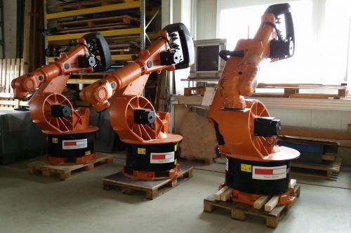 gebrauchte Roboter KUKA KR 200L120/2 - Marktplatz - maschinenportal24.de Industrie Forum