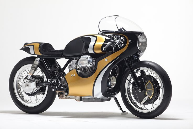 Twisted Twin - Stile Italiano Moto Guzzi 950 via returnofthecaferacers.com
