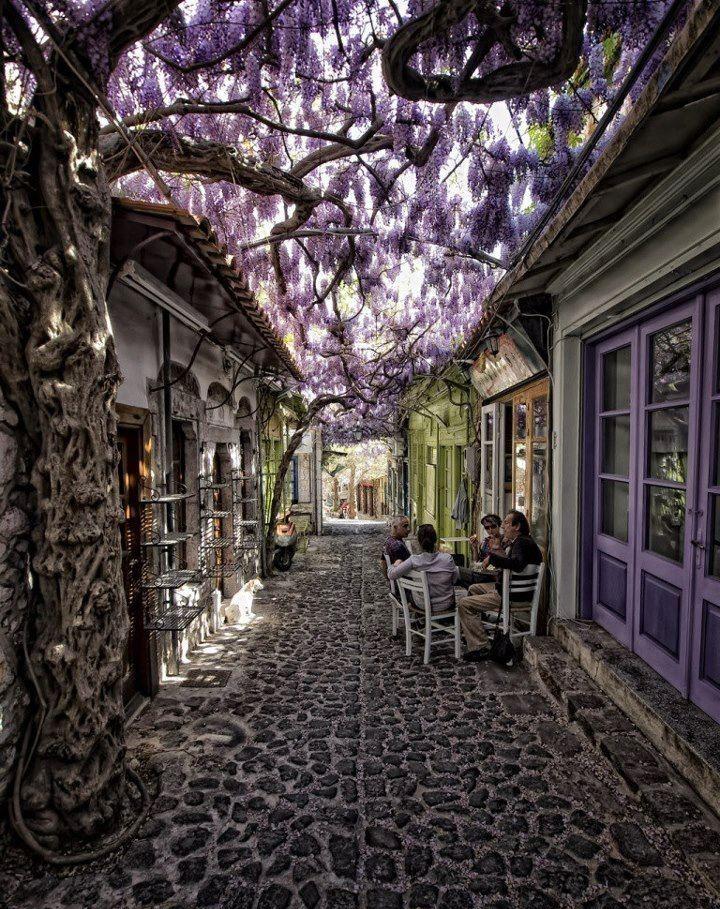 20 Amazing Views From Santorini, Greece