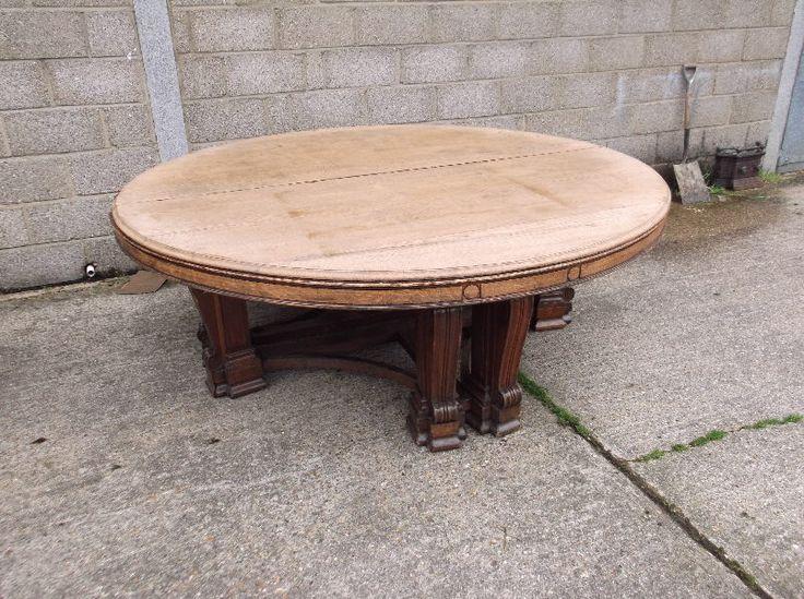 Best 25 Round oak dining table ideas on Pinterest Round dining