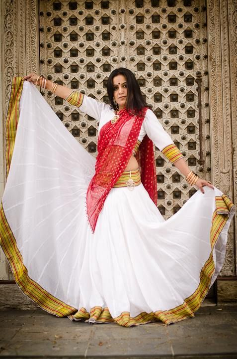 $150 South Indian Collection – Timeless White