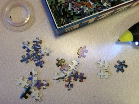 Snowflake christmas tree ornamets from old puzzles. Kids craft DIY.