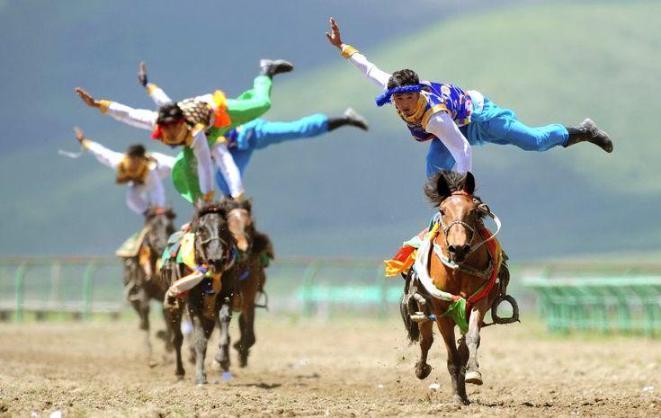 Θιβετιανοί ιππείς.