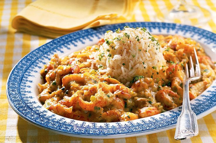 Crawfish Étouffée - 100 Ways to Cook Southern - Southernliving. This recipes call for fresh crawfish because they're readily available in Cajun country. Don't fret if you can't get your hands on the fresh seafood―frozen crawfish tails work very well.Recipe:Crawfish Étouffée