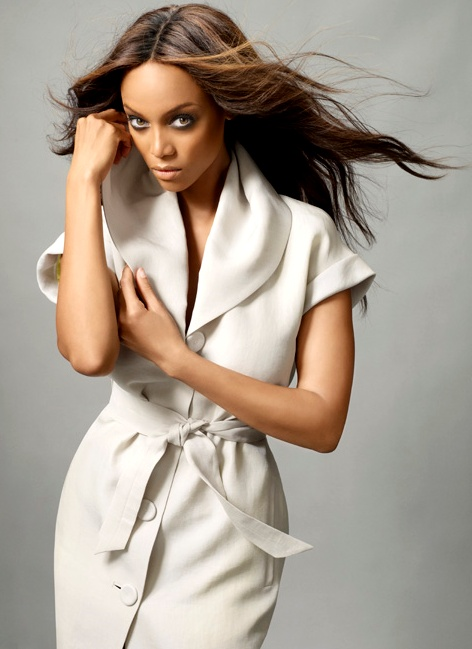 smokey eyes #Tyra Banks