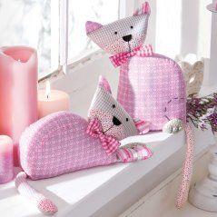 cute pink fabric cats idea