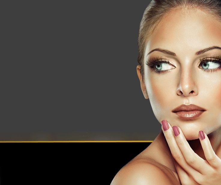 Pentru a fi de neinlocuit o femeie trebuie sa fie mereu alta!  Joaca-te cu nuantele, umbrele si texturile - te pot transforma in mod miraculos. In perioada 1-31 Iulie te bucuri de -30% DISCOUNT la toate produsele de make-up PRESTIGE Cosmetics!  #irinasboutique #prestigecosmetics #thenewyou #beauty