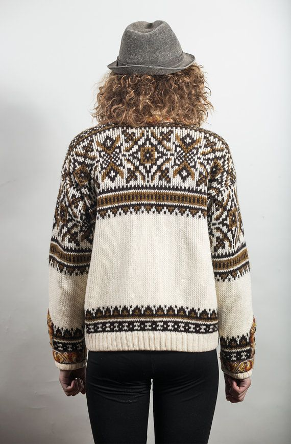 Norwegian wool sweater / White and Brown Icelandic by vintagepussy