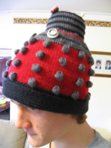 Knitting Pattern For Dalek Hat : 17 Best images about Doctor Who on Pinterest Yarn stash ...