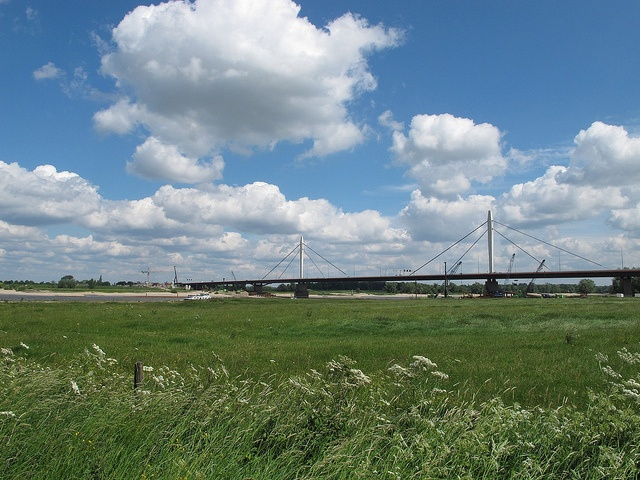 Brug bij Ewijk vanaf de dijk  IMG_0074 by marielleke, via Flickr