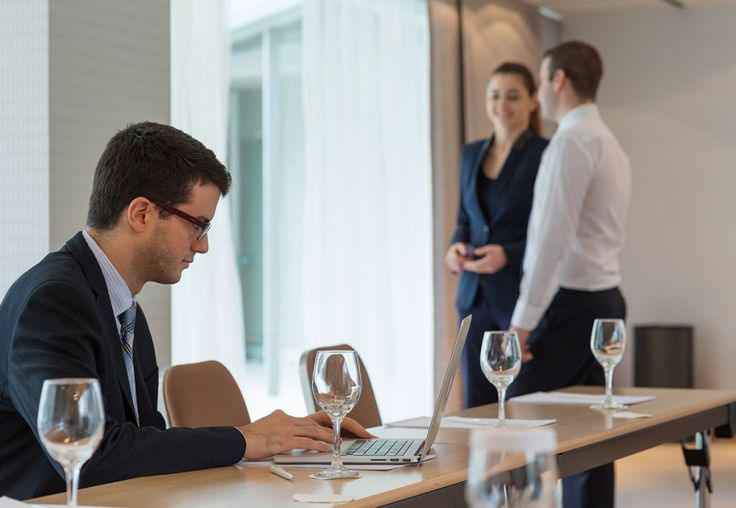 Today we will see all about the amenities that the event organizers and the participants of a conference are enjoying in #GalaxyHotelIraklio! Read more at: http://goo.gl/Qc3a2X #BusinessMeeting #ConferenceRoom #MeetingRoom #lifeincrete #business