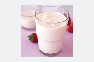 Smooth-and-Creamy Strawberry Smoothies recipe