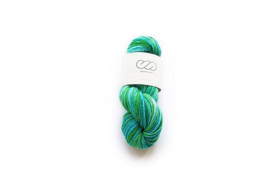 Ovilab Bright Skinnies |  VIVID SEAS | Handspun, Hand-dyed DK yarn | Superfine Merino