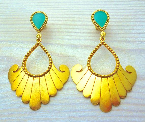 Hey, I found this really awesome Etsy listing at https://www.etsy.com/listing/523638828/turquoise-earrings-dangle-turquoise-gold