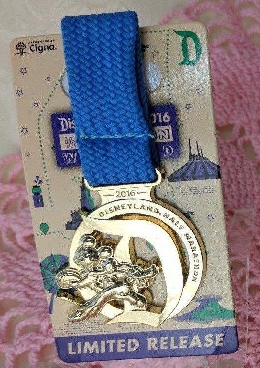 Disney runDisney Disneyland Half Marathon Mickey Mouse Pluto 2016 Medal Pin D #Disney