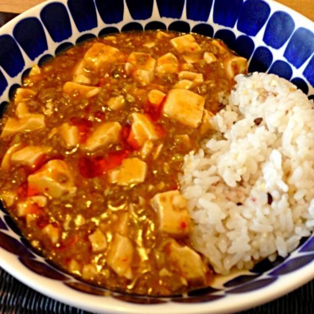 夏は辛いものが何だか欲しくなるよね(*^_^*) - 24件のもぐもぐ - 麻婆豆腐かけご飯 by usaco123