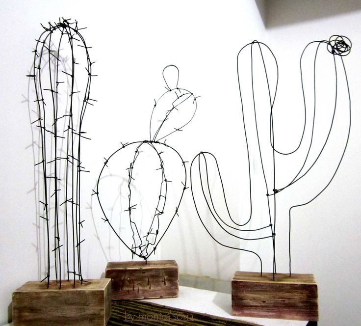DIY wire Cactuses for home. Wire decor. Wooden stands