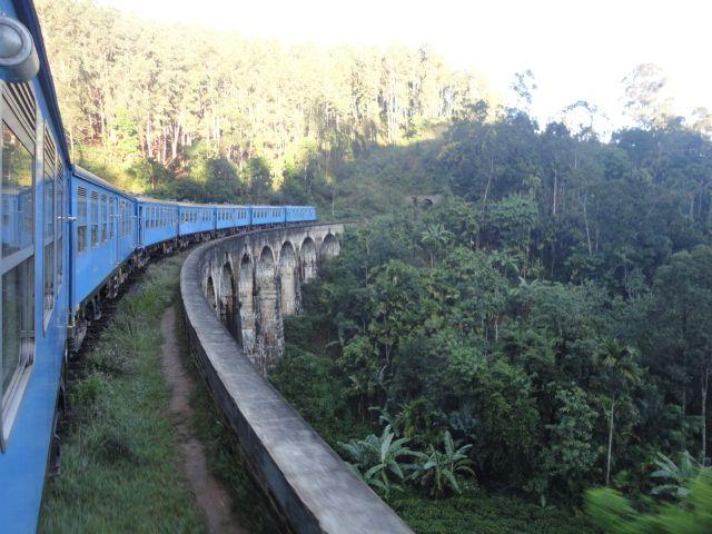 9 Arch Bridge Demodara Sri Lanka  #travel #train #bridge