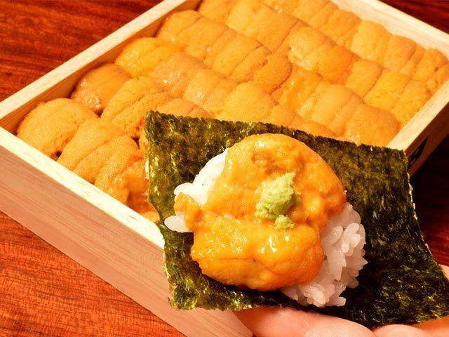 箱うにごとテーブルへ!うにの手巻き寿司を思いっきり味わえる名店!(1/3)[東京カレンダー]                                                                                                                                                                                 Plus
