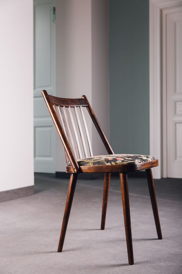 New trend painted chairs with dipped or raw legs jelanie - Folding Chair
