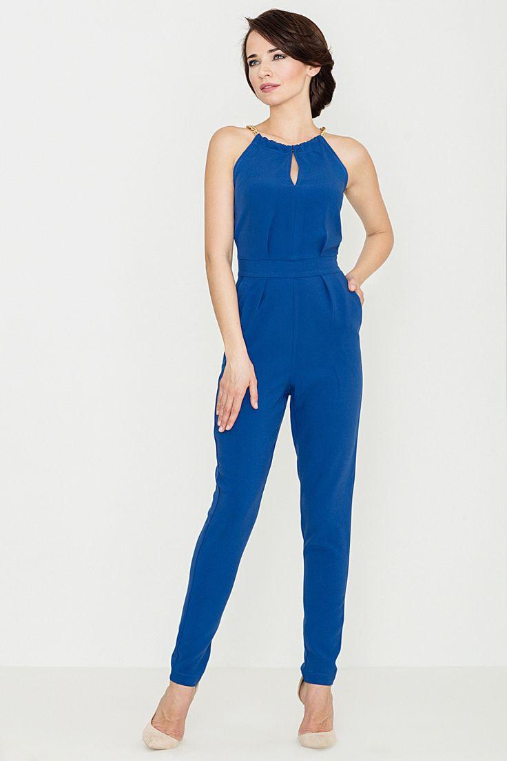 Chabrowy, niebieski kombinezon.  Blue jumpsuit.