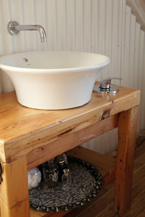 Rustikales Badezimmer Romantisch Gestalten #Rustikales #Badezimmer  #romantisch #gestalten