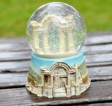 8 Snow Globes Images Pinterest World Places Greece Water Globessnow