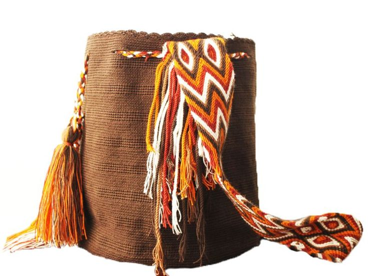Autumn Leaves Wayuu Mochila #mochila #wayuu #unicolor